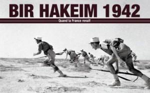 Photo d'une offensive de la Légion étrangère pendant la bataille de Bir Hakeim en 1942
